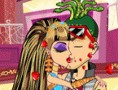 Monster High  Kissing